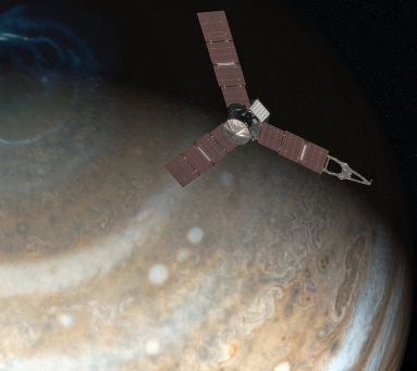 Juno_above_Jupiter_pole